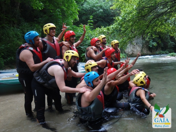 Stag / hen with rafting